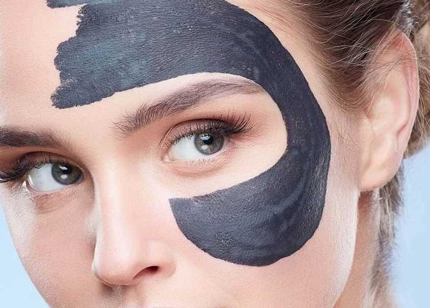 ماسک ذغال فعال برای نابودی جوش های سرسیاه